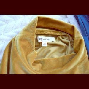 Madewell size Small -Gold velvet mock neck tee
